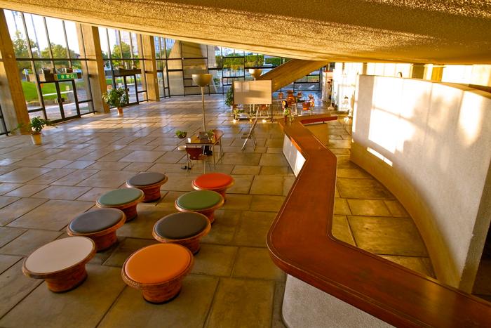 香川県立体育館写真-77
